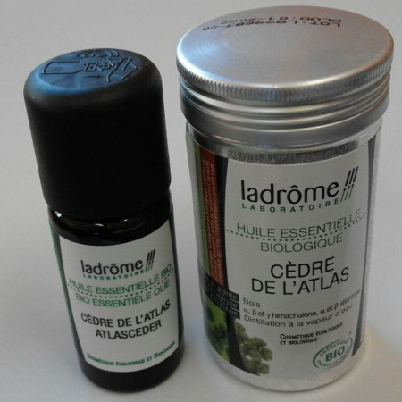CEDAR OIL MOTH REPELLENT