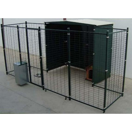 KENNEL WITH FRONT PARK OF 4 M²