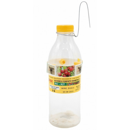 Cherry fly trap + attractant