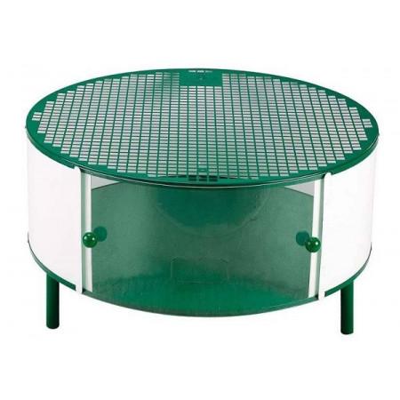 cage polyvalente pour l'exposition et le soin des poussins.