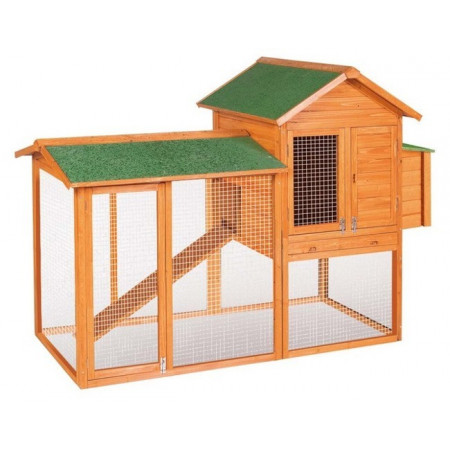 Wooden shed for 8 laying hens